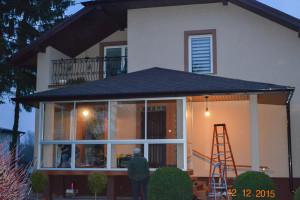 Nocna zabudowa balkonów - Trwające prace.